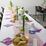 Gedeckter Tisch für das Fastenbrechen